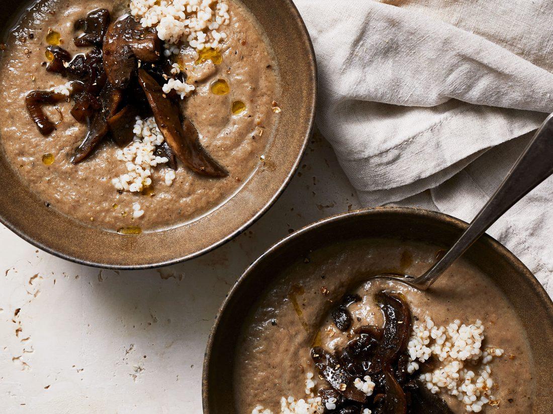 Vegan-mushroom-and-barely-soup